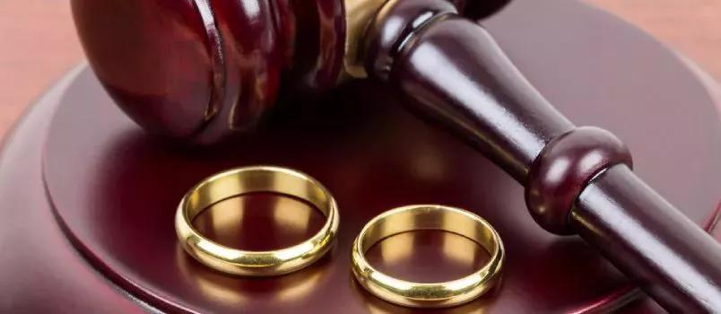 Bombay HC Cuts Down 18-Month Waiting Period In Mutual Divorce Case